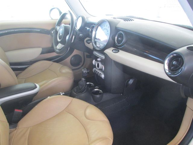 2009 Mini Hardtop Gardena, California 8