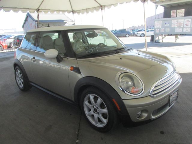 2009 Mini Hardtop Gardena, California 3