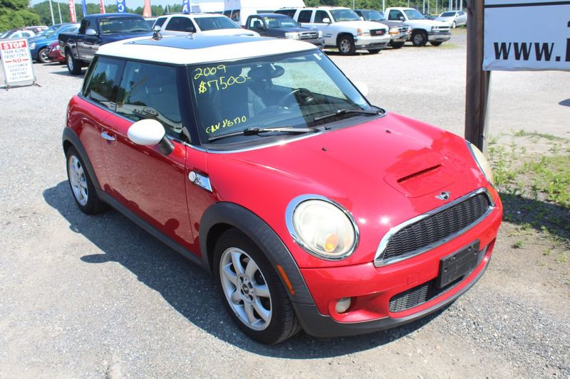 2009 Mini Hardtop S  city MD  South County Public Auto Auction  in Harwood, MD