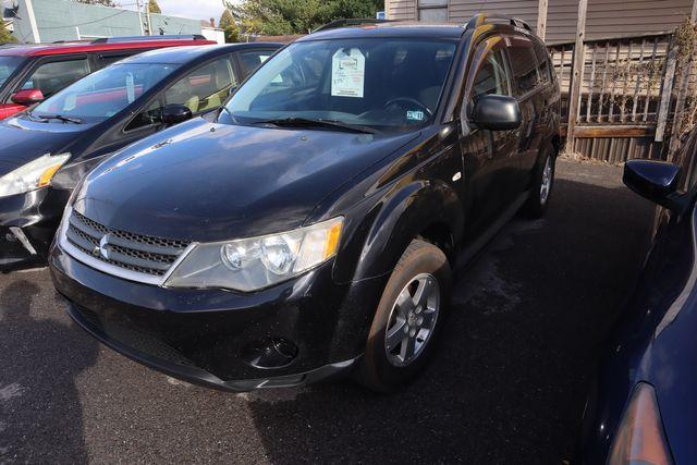 2009 Mitsubishi Outlander ES in Lock Haven, PA 17745