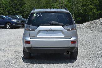 2009 Mitsubishi Outlander ES Naugatuck, Connecticut 3