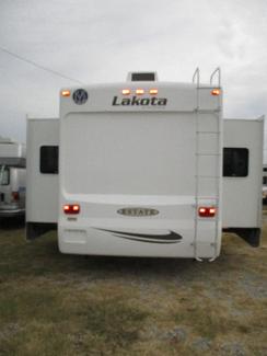 2009 Monaco Lakota   city Florida  RV World of Hudson Inc  in Hudson, Florida