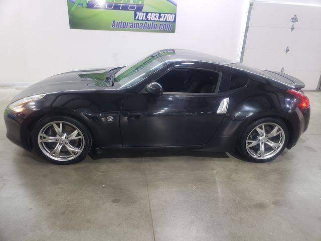2009 Nissan 370Z 6 Speed in Dickinson, ND 58601
