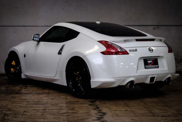 2009 Nissan 370Z Touring w/ Sport Package & Nav in Addison, TX 75001