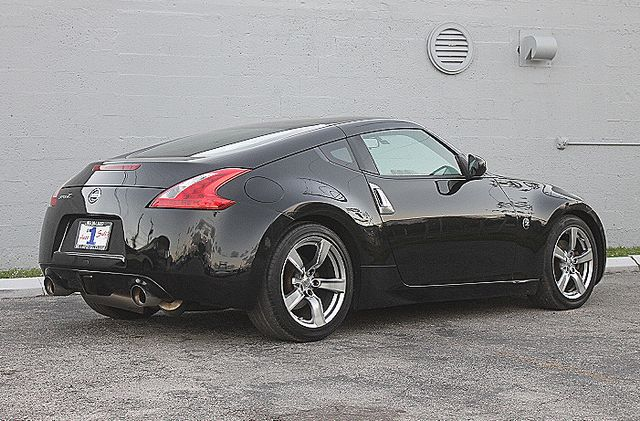 2009 Nissan 370Z Hollywood, Florida 4