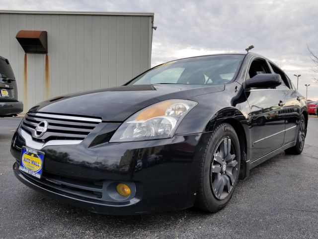 2009 Nissan Altima 2.5 S | Champaign, Illinois | The Auto Mall of Champaign in Champaign Illinois