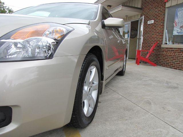 2009 Nissan Altima 2.5 SL in Medina OHIO, 44256