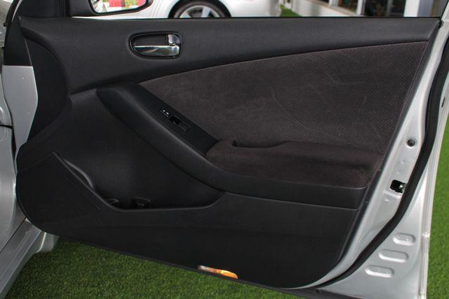 2009 Nissan Altima 2.5 S - JENSEN MULTIMEDIA STEREO - BLUETOOTH/USB! Mooresville , NC 35
