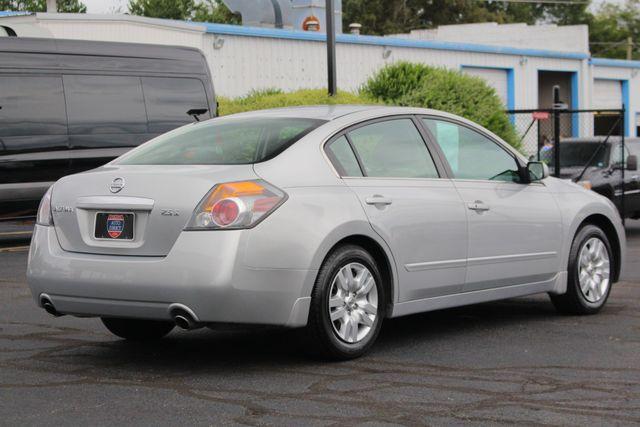 2009 Nissan Altima 2.5 S - JENSEN MULTIMEDIA STEREO - BLUETOOTH/USB! Mooresville , NC 22