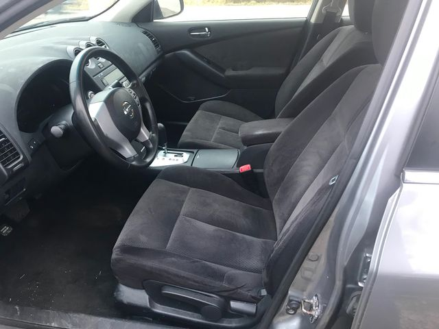 2009 Nissan Altima 2.5 S Ravenna, Ohio 6