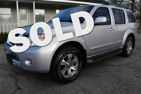 2009 Nissan Pathfinder SE in Picayune, MS