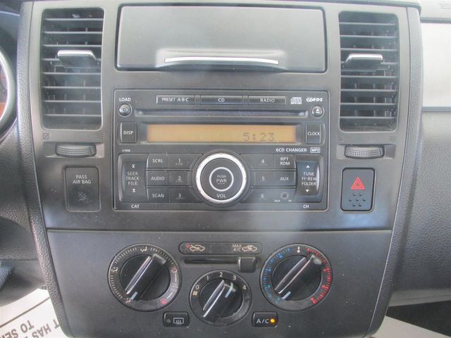 2009 Nissan Versa 1.8 SL Gardena, California 5