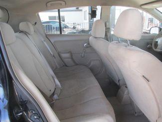 2009 Nissan Versa 1.8 S Gardena, California 12