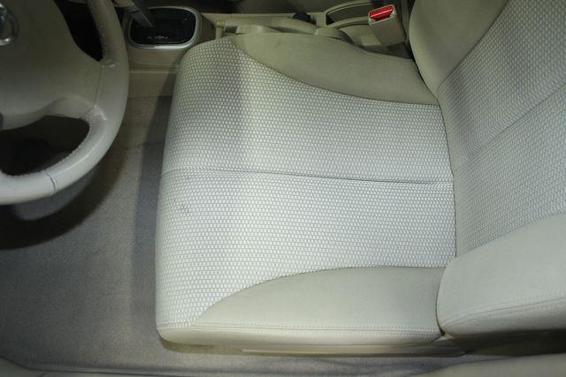 2009 Nissan Versa 1.8 SL Hatchback Kensington, Maryland 19