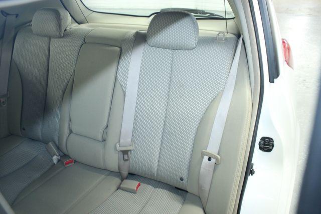 2009 Nissan Versa 1.8 SL Hatchback Kensington, Maryland 26