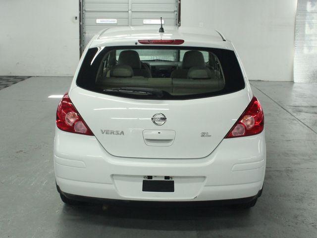 2009 Nissan Versa 1.8 SL Hatchback Kensington, Maryland 3
