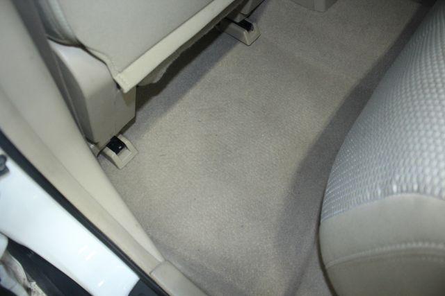 2009 Nissan Versa 1.8 SL Hatchback Kensington, Maryland 32