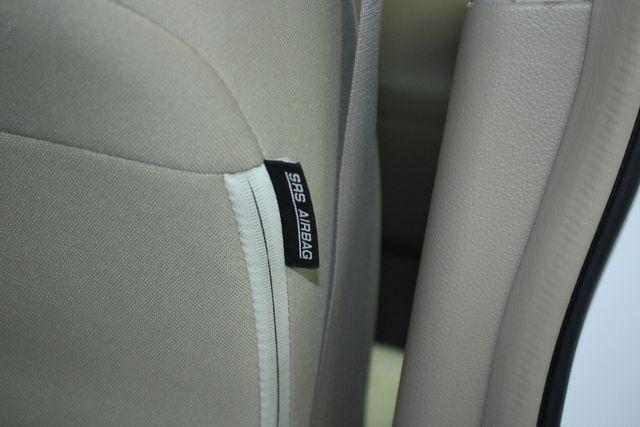 2009 Nissan Versa 1.8 SL Hatchback Kensington, Maryland 42