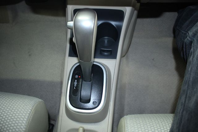 2009 Nissan Versa 1.8 SL Hatchback Kensington, Maryland 59
