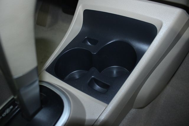 2009 Nissan Versa 1.8 SL Hatchback Kensington, Maryland 60