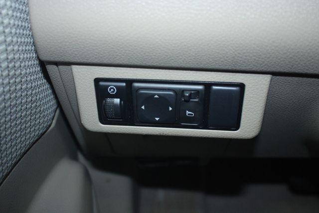 2009 Nissan Versa 1.8 SL Hatchback Kensington, Maryland 74