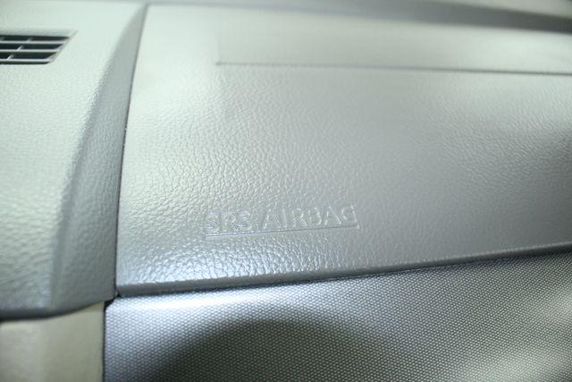 2009 Nissan Versa 1.8 SL Hatchback Kensington, Maryland 78