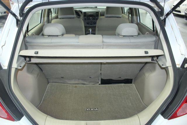 2009 Nissan Versa 1.8 SL Hatchback Kensington, Maryland 83