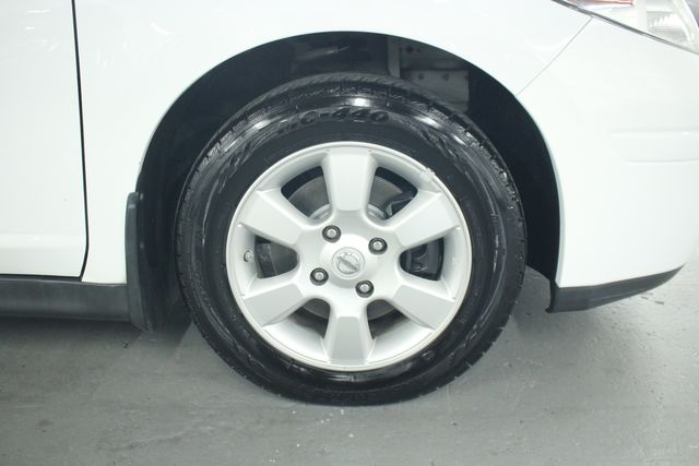 2009 Nissan Versa 1.8 SL Hatchback Kensington, Maryland 92