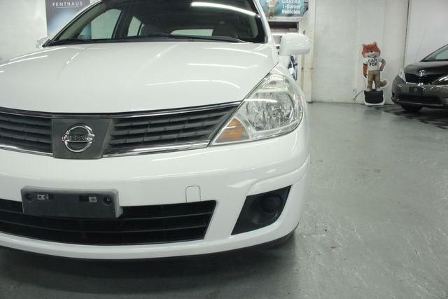 2009 Nissan Versa 1.8 SL Hatchback Kensington, Maryland 94