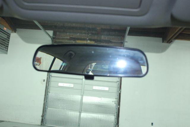 2009 Nissan Versa 1.8 SL Hatchback Kensington, Maryland 64