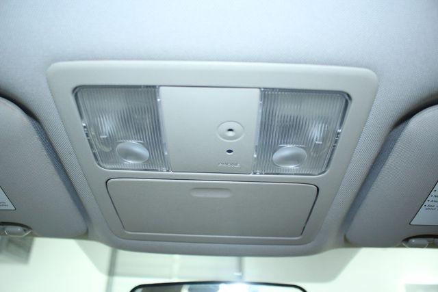 2009 Nissan Versa 1.8 SL Hatchback Kensington, Maryland 65