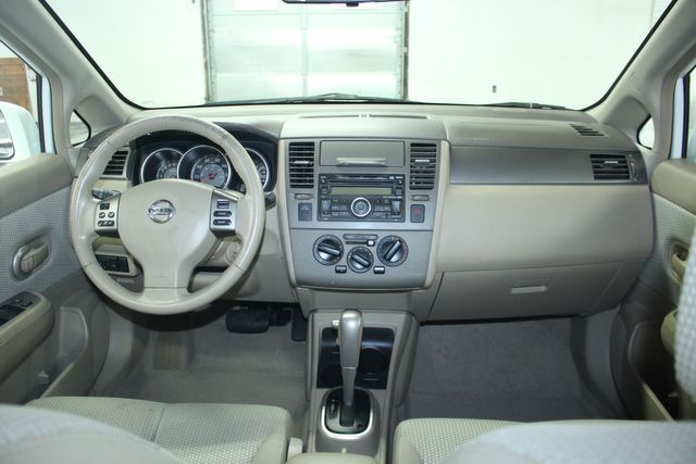 2009 Nissan Versa 1.8 SL Hatchback Kensington, Maryland 66