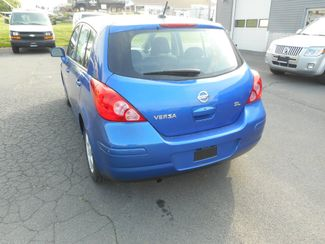 2009 Nissan Versa 1.8 SL New Windsor, New York 3