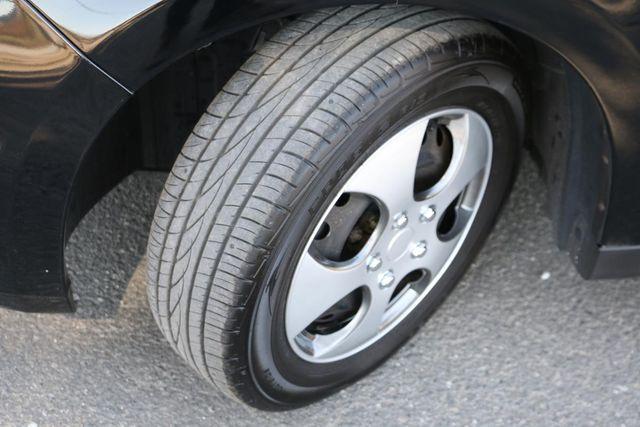 2009 Nissan Versa 1.8 S 6-SPEED Santa Clarita, CA 31