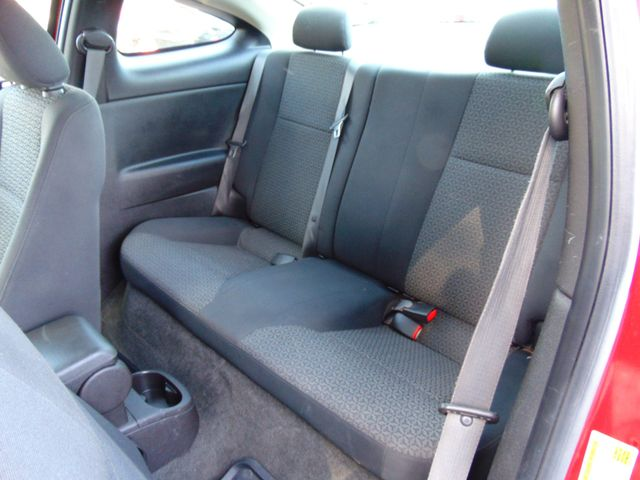 2009 Pontiac G5 Alexandria, Minnesota 9