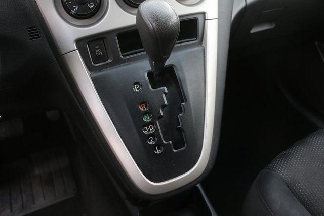 2009 Pontiac Vibe w/1SA Santa Clarita, CA 19