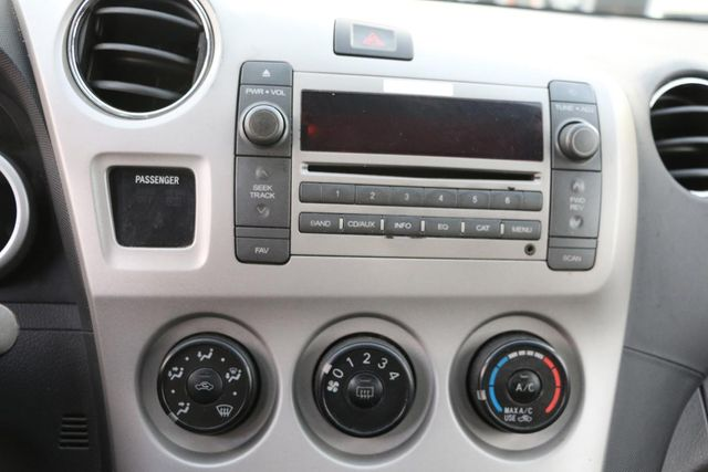2009 Pontiac Vibe w/1SA Santa Clarita, CA 18