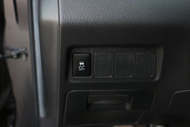 2009 Pontiac Vibe w/1SA Santa Clarita, CA 21