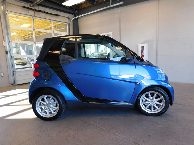 2009 Smart fortwo Passion  city TN  Doug Justus Auto Center Inc  in Airport Motor Mile ( Metro Knoxville ), TN