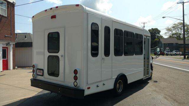 2009 Starcraft 14 Passenger Bus Wheelchair Accessible Alliance, Ohio 2
