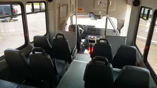 2009 Starcraft 14 Passenger Bus Wheelchair Accessible Alliance, Ohio 5