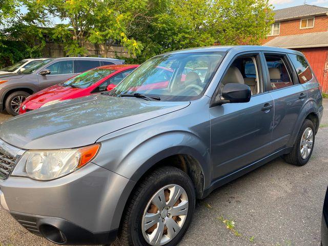 2009 Subaru Forester X: Manual Transmission New Brunswick, New Jersey 4