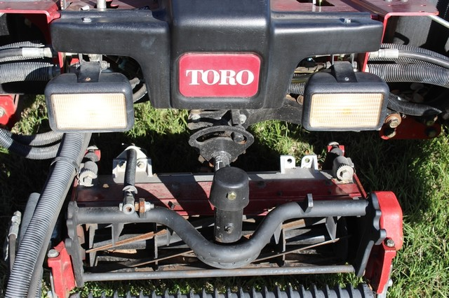 2009 Toro 5510 Fairway mower San Antonio, Texas 23