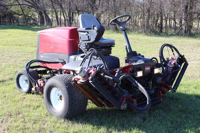 2009 Toro 5510 Fairway mower San Antonio, Texas 3