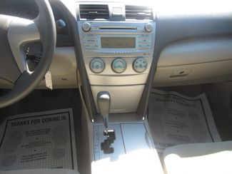 2009 Toyota Camry LE Batesville, Mississippi 22