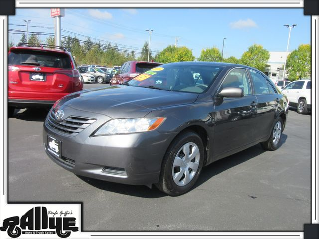 2009 Toyota Camry LE in Burlington WA, 98233