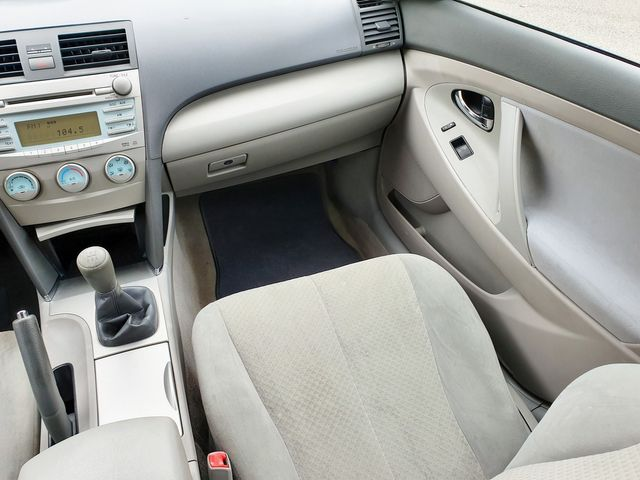 2009 Toyota Camry LE 5-Speed Manual Transmission in Louisville, TN 37777