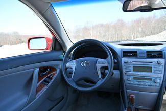 2009 Toyota Camry XLE Naugatuck, Connecticut 17