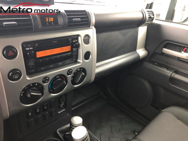 2009 Toyota FJ Cruiser Knoxville , Tennessee 26