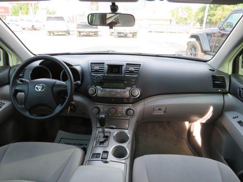 2009 Toyota Highlander  | Abilene, Texas | Freedom Motors  in Abilene, Texas